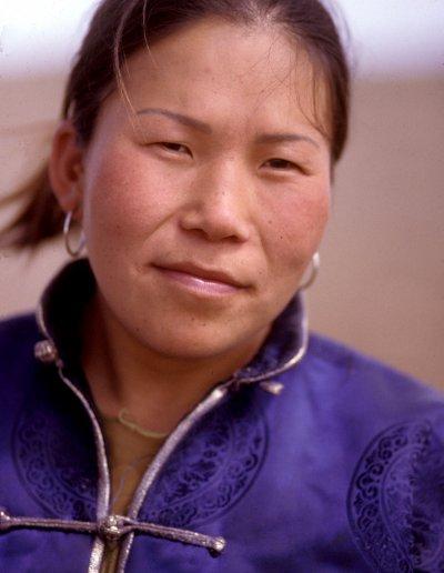 gobi_mongolian lady