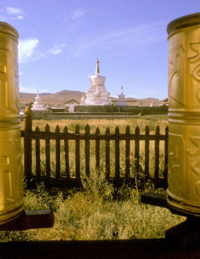karakorum_erdene zuu khiid_prayer wheels_1