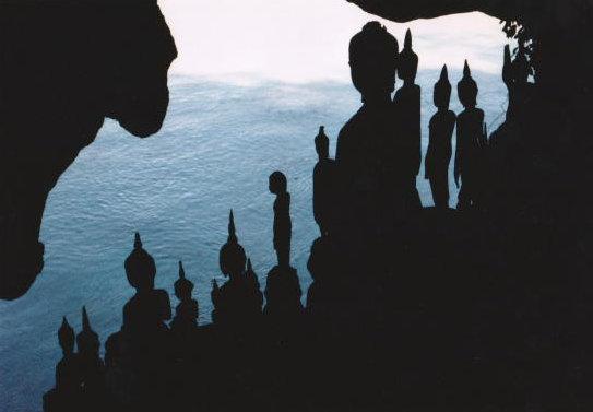 pak-ou_buddhist cave