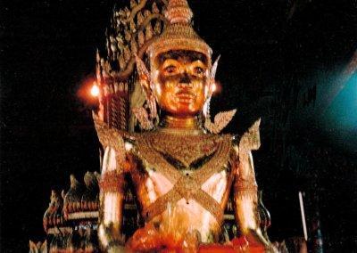 phnom penh_buddha statue