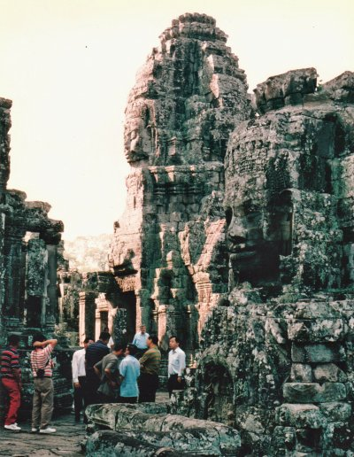 siem reap_bayon_visitors