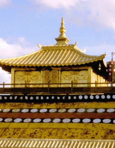 ulan bataar_ganden monastery_temple roof