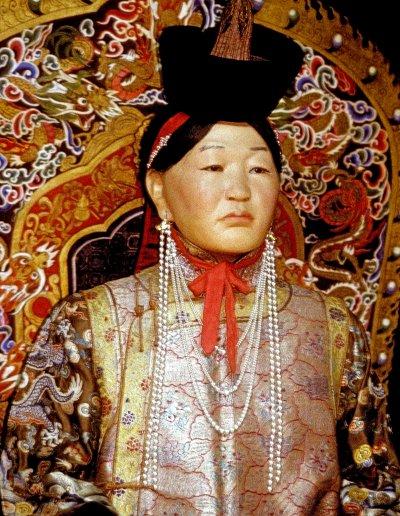 ulan bator_national museum_noblewoman replica