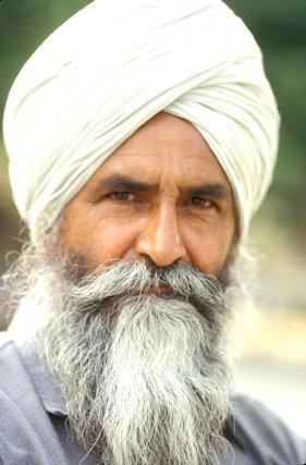 anandpur sahib_sikh gentleman