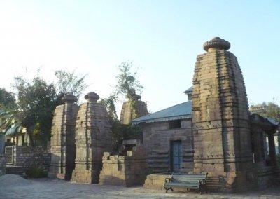 baijnath_temple complex