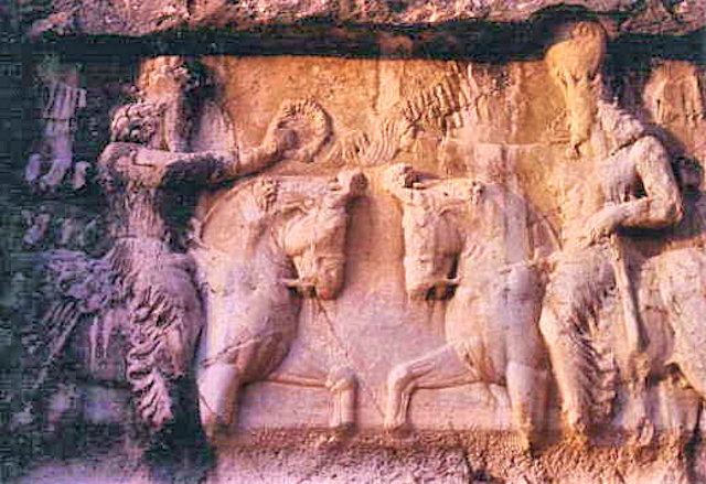 bishapur_rock carving_1