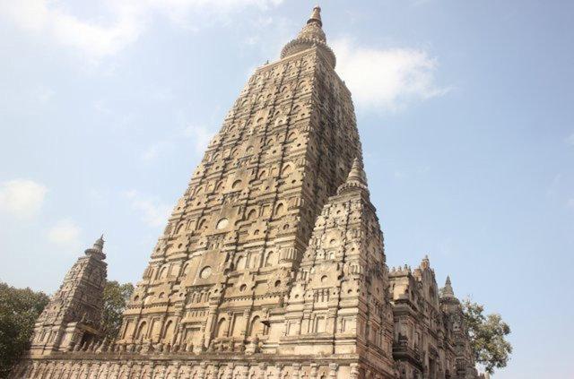 bodhgaya_mahabodhi temple_3