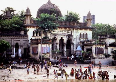 calcutta_bathing ghat