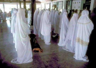 demak_grand mosque_female worshipers
