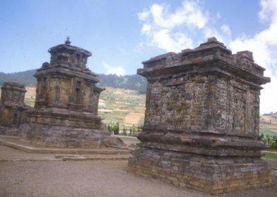 dieng plateau_hindu temples
