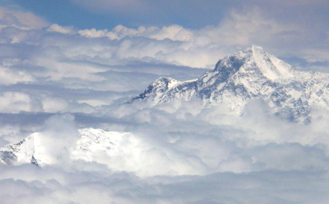 everest_aerial view