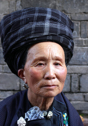 fenghuang_miao woman