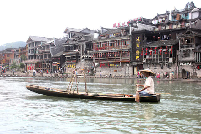 fenghuang_tuo river scene_1