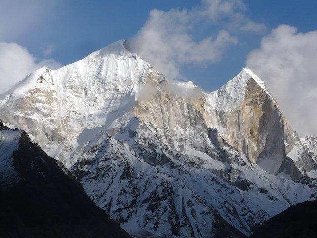 gaumukh_bhagirathi peaks