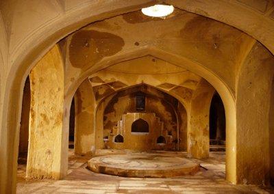 golconda_royal mortuary bath at qutb shahi tombs