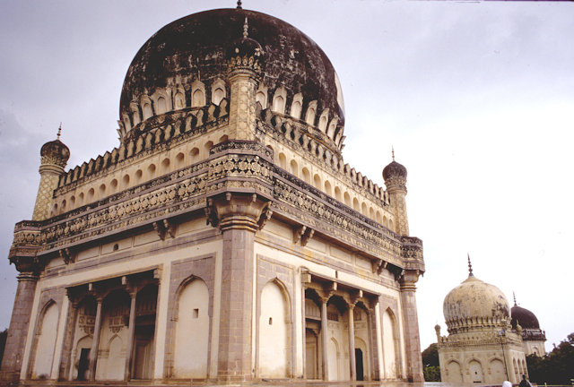 golconda_tomb of md. quli qutb shah