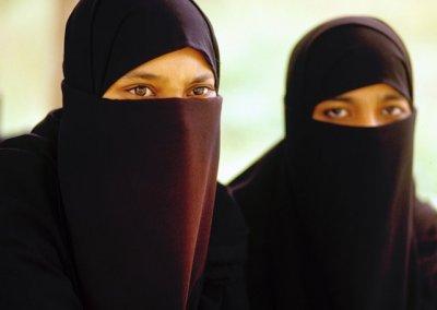 golconda_young muslim women