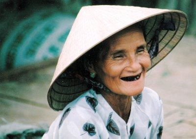 hoi an_vietnamese elder
