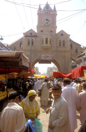 hyderabad_bazaar and clock tower