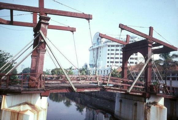 jakarta_old draw bridge