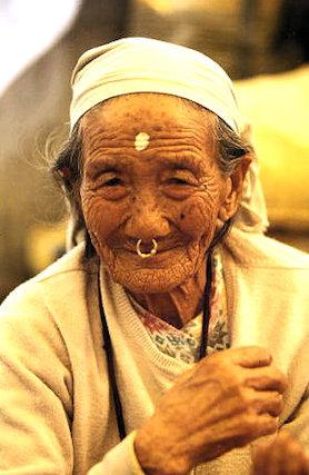 kalimpong_elderly woman