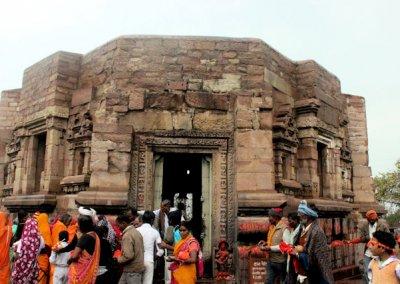 kaura_mondeswari temple_1