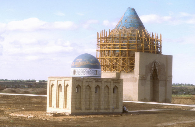 konye urgench_mausoleum of sultan tekesh
