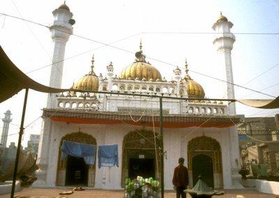 lahore_golden mosque
