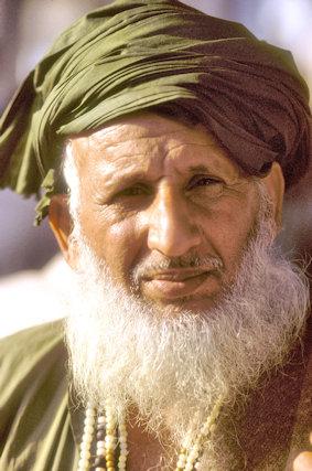 lahore_muslim elder