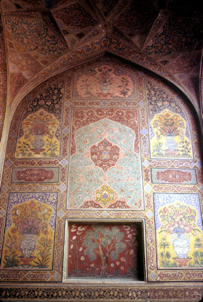 lahore_wazir khan mosque_interior decoration
