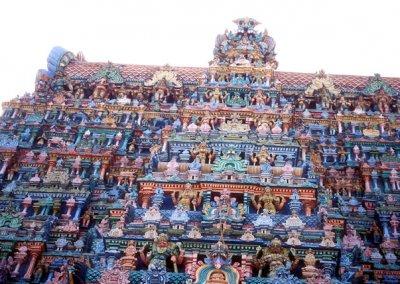 madurai_minakshi temple_gopura