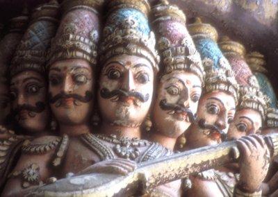 madurai_minakshi temple_stucco figure