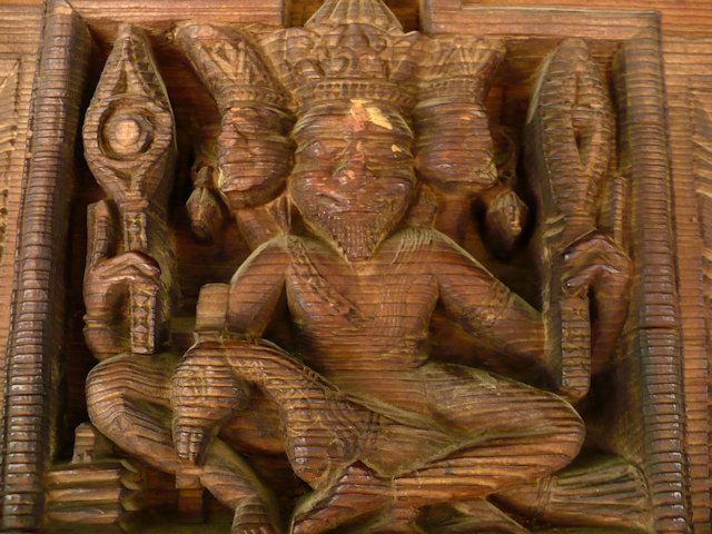 manali_hadimba temple_wood decoration