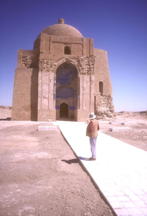 meana baba_mausoleum of abu said meikhene