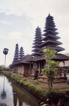 mengwi_pura taman ayun_meru towers and pavilions