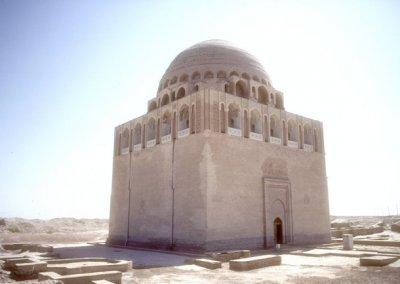 merv_mausoleum of sultan sanjar