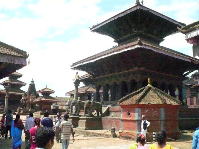 patan_durbar square with vishwanath temple