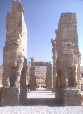 persepolis_gate of all nations_2