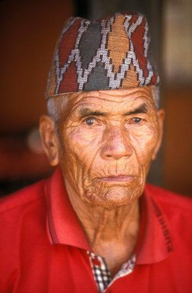 pokhara_nepalese elder