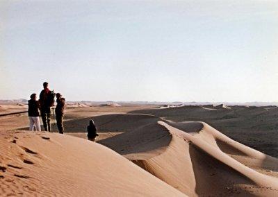 ramlat as-sabatayn_visitors at dunes