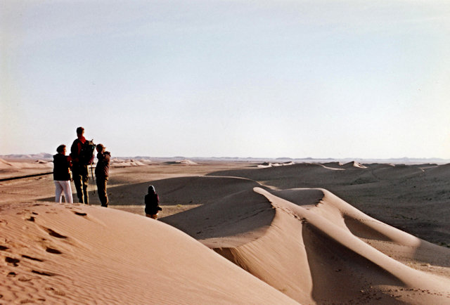 ramlat as-sabatayn_visitors at dunes