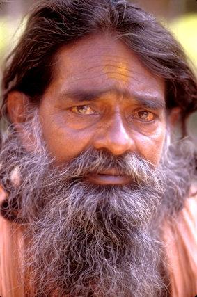 rishikesh_hindu pilgrim