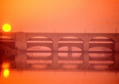 sukkur_indus river_bridges at sunset