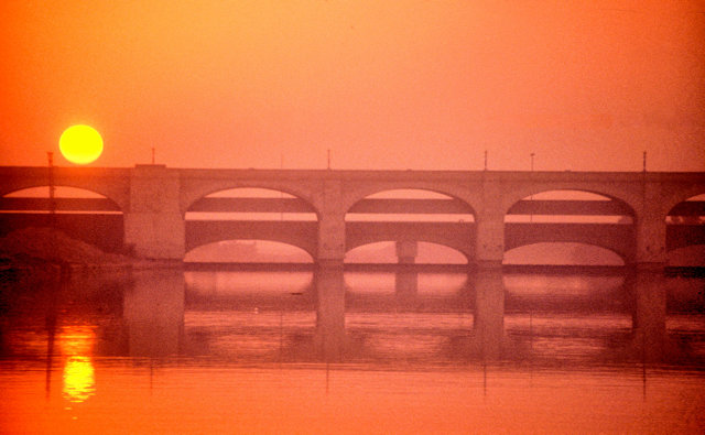 sukkur_indus river_bridges at sunset