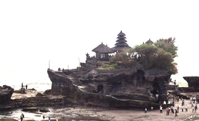 tanah lot_main temple