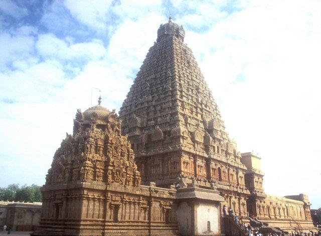 tanjore_brihadishvara temple