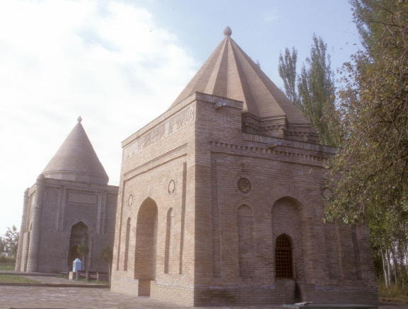 taraz_tombs