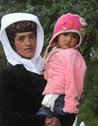 tashkorgan_tajik woman and infant