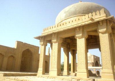 thatta_makli hill_mausoleum