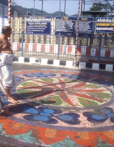 tirupati_sri venkateshvara temple_pilgrims